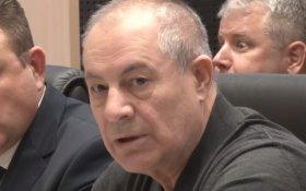 Депутат-единоросс назвал граждан России, получающих пенсию в размере 8 тысяч рублей, «тунеядцами» и «алкашами»