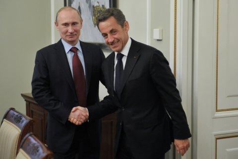 Бывшего президента приговорили к лишению свободы за коррупцию… во Франции
