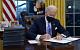 Байден за первый час в Белом доме отменил указы Трампа о выходе из соглашения по климату и ВОЗ