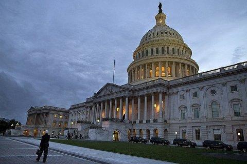 Палата представителей США почти единогласно утвердила новые антироссийские санкции