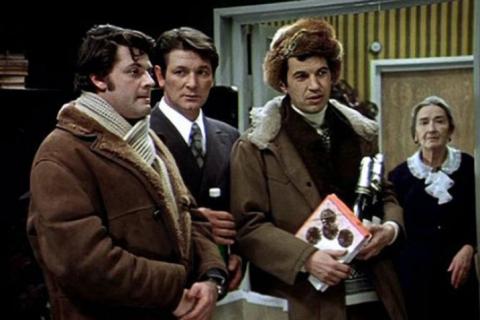 Опрос: Большинство россиян недовольны ремейками на классику советского кино