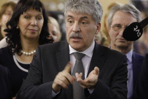 Павел Грудинин раскритиковал милитаристский акцент в обращении президента