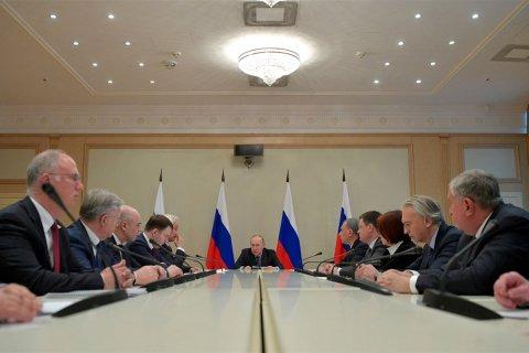 СМИ: Сечин уговорил Путина отказаться от соглашения с ОПЕК. Теперь Россия будет терять по 1 млрд долларов в неделю