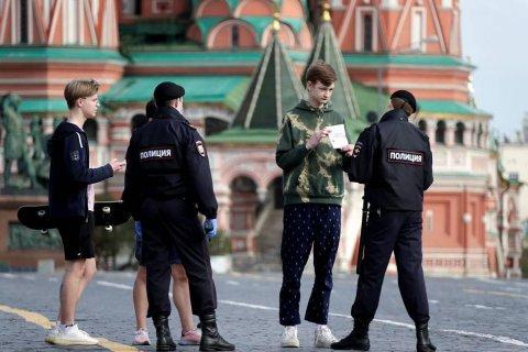 Путин разрешил начать снимать карантин в Москве и регионах с 12 мая