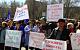 В Орске рабочие на митинге требовали погасить задолженность по зарплате