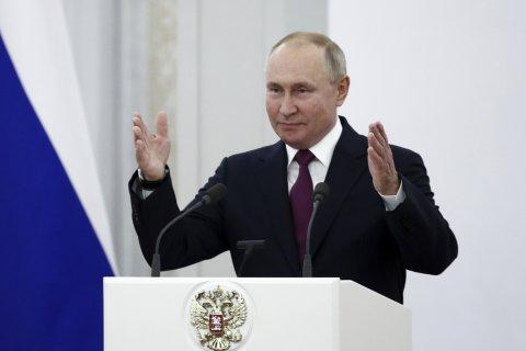 Путин назвал низкие доходы граждан главным врагом России