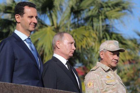Путин прилетел на авиабазу Хмеймим в Сирии и приказал начать вывод войск