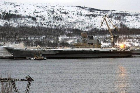 Ущерб от пожара на «Адмирале Кузнецове» практически равен стоимости корабля. Адмиралы в шоке