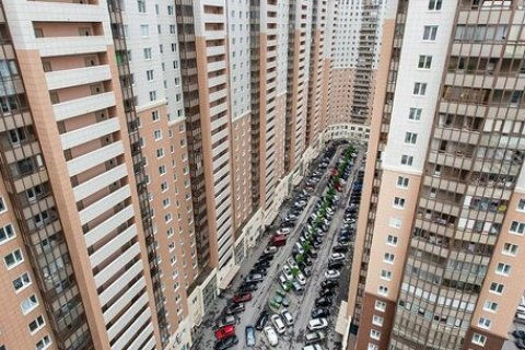 Многоэтажная Россия