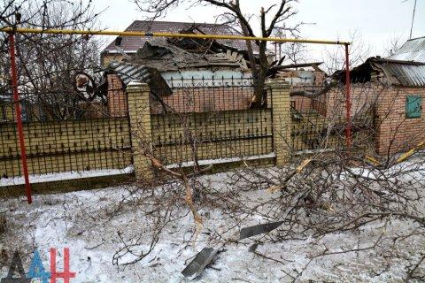 Украинская армия выпустила по территории ДНР свыше 1200 мин и снарядов