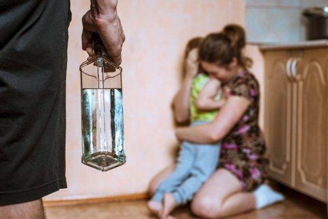 В МВД РФ заявили о снижении числа случаев домашнего насилия во время карантина по коронавирусу