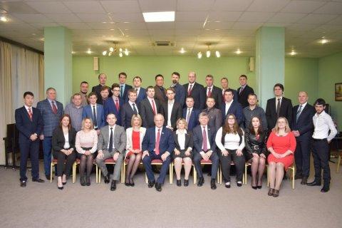 Геннадий Зюганов вручил дипломы выпускникам 37-го потока Центра политической учебы