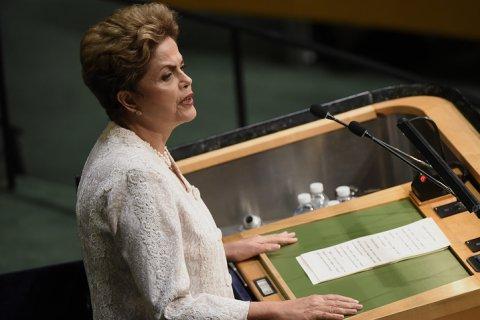 Дилма Руссефф обвинила в своей отставке бразильских олигархов