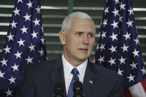 Вице-президент США: Снятие санкций с России зависит от ее «поведения»