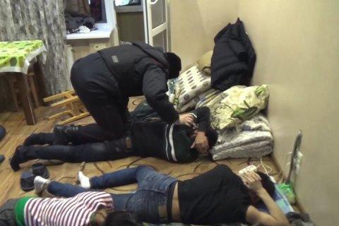 ФСБ задержала в Москве 69 экстремистов