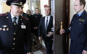 «Погромы будут?» Дмитрий Медведев поручил ФСБ и МВД придумать, как заставить бизнес доверять силовым ведомствам