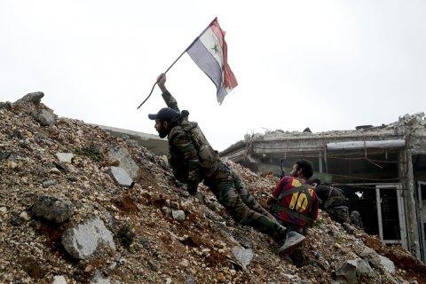 Сирийские войска при поддержке российской авиации нанесли крупнейшее поражение ИГ за три года