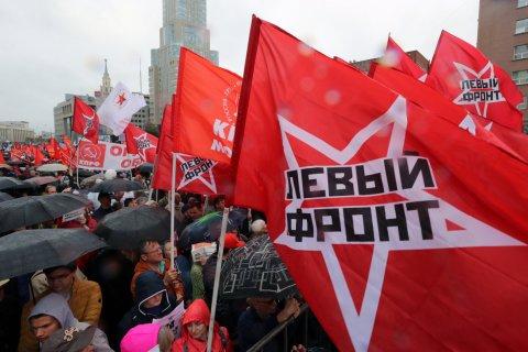 Опрос: Две трети россиян заявили о наличии в стране политзаключенных