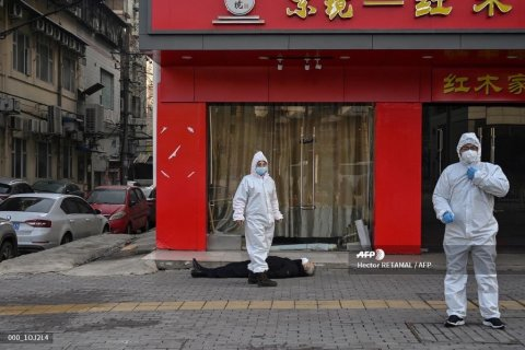 В Китае заболело коронавирусом более 17 тысяч человек