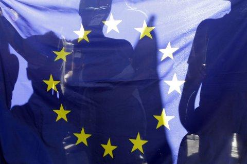 Евросоюз продлил санкции против Крыма еще на год