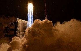 «Она летает, черт возьми». «Роскосмос» запустил вторую за шесть лет ракету «Ангара-А5»