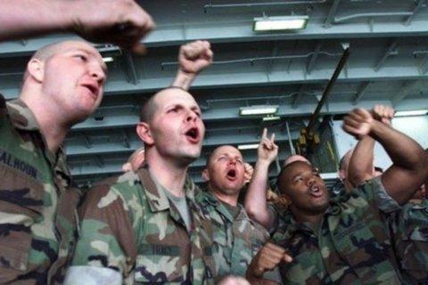 The Sun: российские «секс-ловушки» для британских солдат