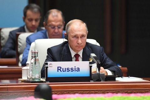 Путин рассказал о возможности сокращения дипмиссии США еще на 155 человек