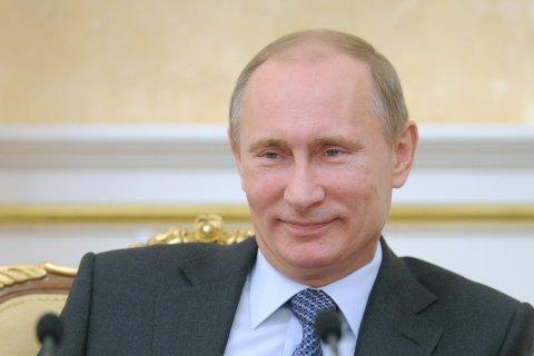 Депутаты отправят Путину корзину из 450 роз