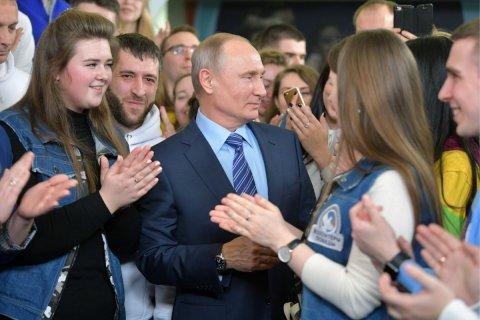 Путин попросил найти деньги на образование и здравоохранение … после выборов