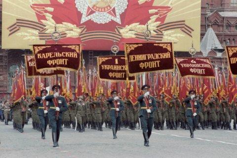 Владимир Путин перенес парад Победы