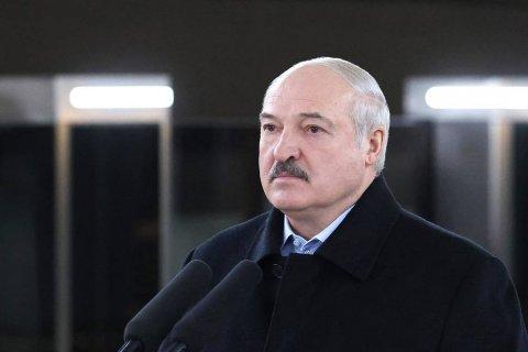 Лукашенко заявил, что его единственным дворцом является дом, где он вырос