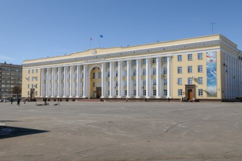 В Ульяновске хотят переименовать площадь Ленина в Соборную. На площади нет ни одного собора