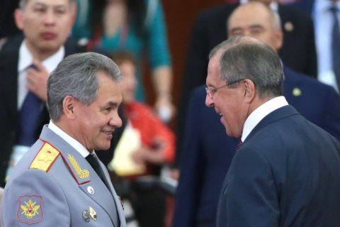 Путин: Мне приходится напоминать Лаврову, что он министр не обороны, а иностранных дел