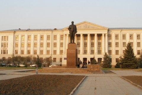 Псковские коммунисты протестуют против сноса памятника Ленину