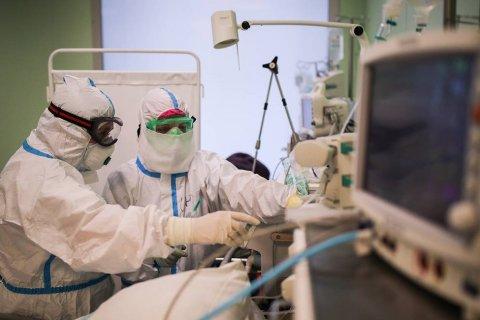В России число заразившихся коронавирусом достигло 300 тысяч человек