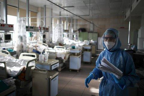 В России выявили более 9 тысяч случаев заражения коронавирусом за сутки