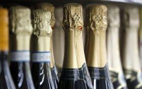 Минфин предложил увеличить минимальную розничную цену на шампанское