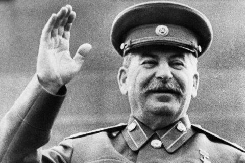 """""""Soif inextinguible pour la justice sociale."""" Le niveau d'approbation de Staline a atteint un record historique"""