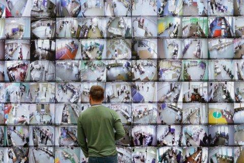 Власти Москвы сообщили о 500 тыс. проголосовавших онлайн. Образовалась очередь