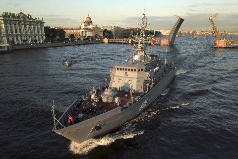 Контр-адмирал Василий Попович: Положение с обеспечением армии и флота улучшается, но за счет обнищания народа