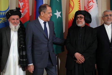 Лавров провел переговоры с запрещенным в России «Талибаном». Ранее МИД РФ говорил, что никогда не будет вести переговоры с террористами