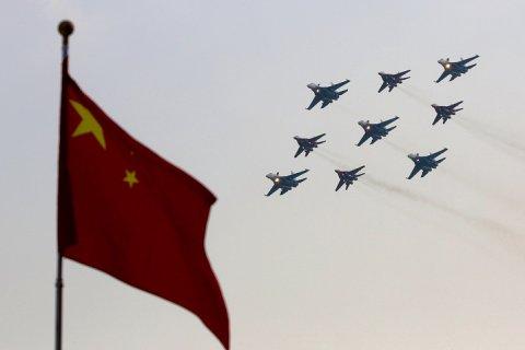 Китай увеличит расходы на оборону до 175 млрд долларов в 2018 году. Это в 4 раза больше, чем тратит Россия
