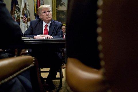 СМИ: Сотрудники разведслужб США утаивают от Трампа секретные данные