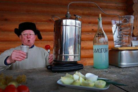 Правительство подняло минимальную цену на водку до 219 рублей