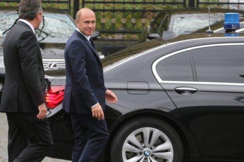 Чиновники управления делами Президента РФ заработали в 2016 году десятки миллионов рублей