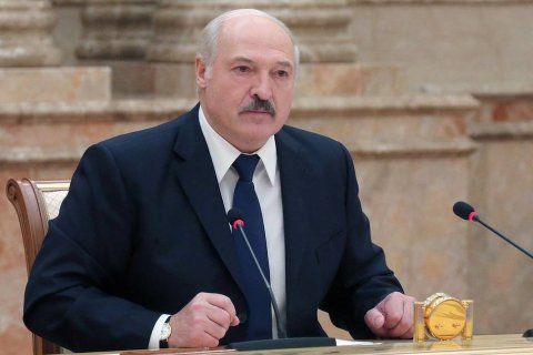 Лукашенко опроверг слухи о том, что находится за границей