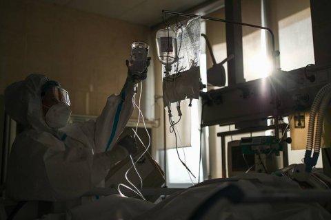 В России второй день подряд от коронавируса умирает рекордное число зараженных