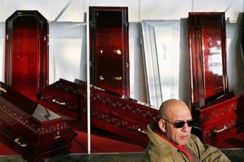 «Единороссы» намерены распространить «муниципальный фильтр» на похоронный бизнес