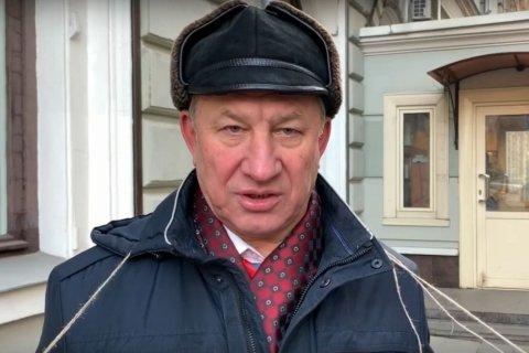 «Вайно, прекрати войну!» КПРФ пикетирует администрацию президента в защиту «красного» губернатора Левченко