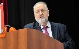 В КПРФ заявили, что тема досрочных парламентских выборов работает как хлыст для элитных групп